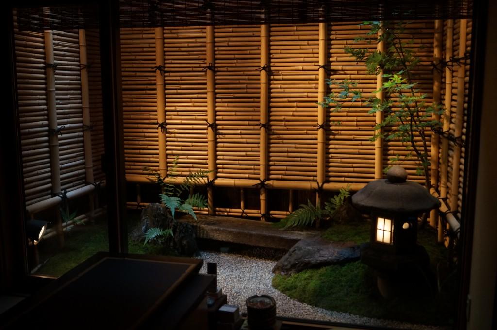 京都市祇園1 坪庭